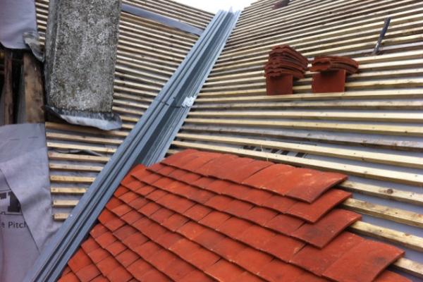 Concrete vs Clay Tiles Image 1 - Roof Stores