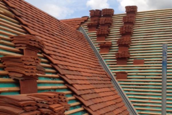 Concrete vs Clay Tile Image 2 - Roof Stores